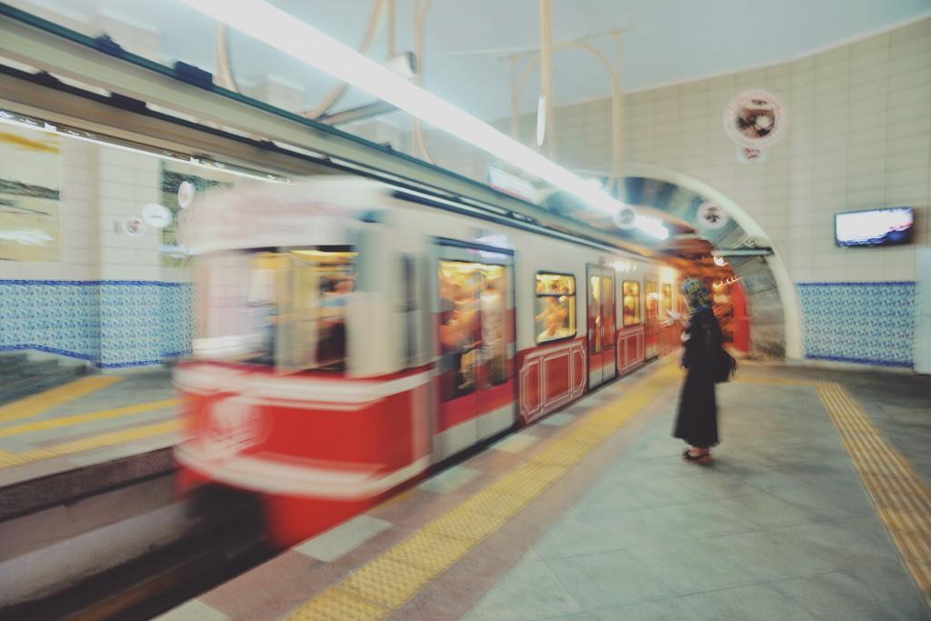 イスタンブール,カラキョイ駅